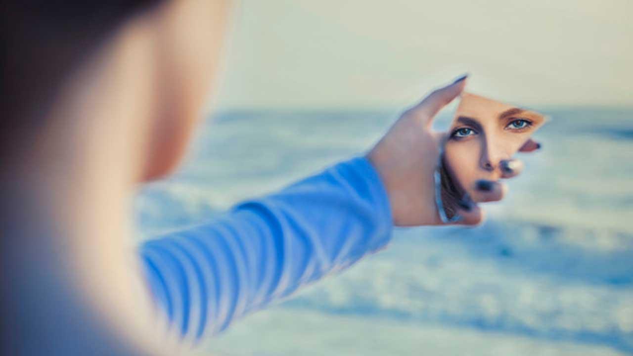 soñar con espejos