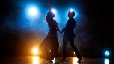 sueñas que bailas